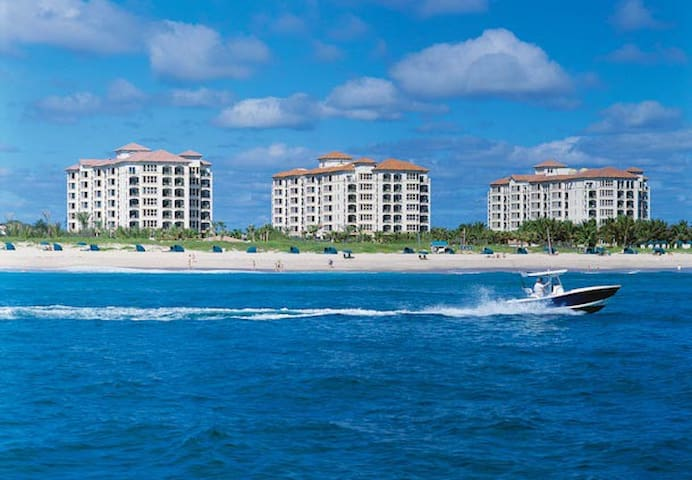 Ocean Front Two Bedroom Sleeps 6 - West Palm Beach - Timeshare