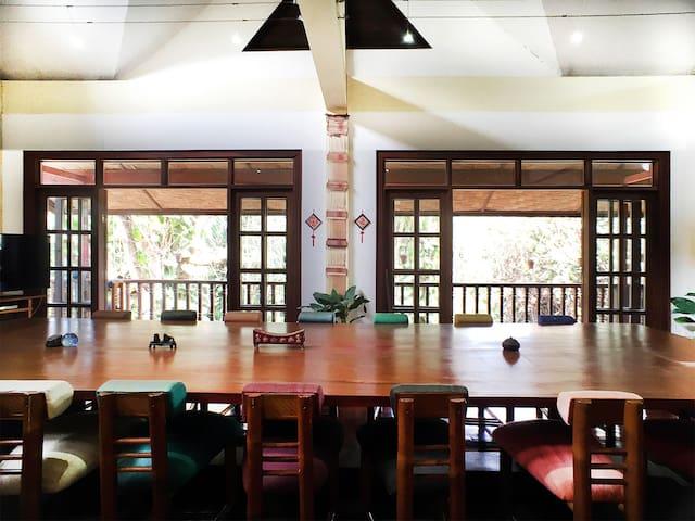 Top 20 Ferienwohnungen In Laos, Ferienhäuser, Unterkünfte ... 18 Luxusvilla Designs Atemberaubend Aussehen