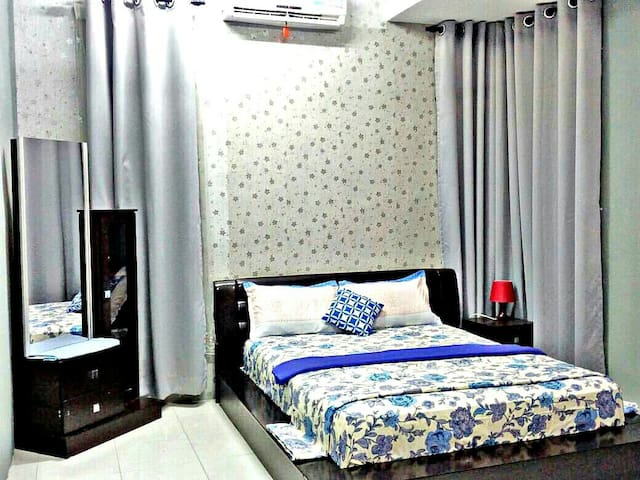 GUEST HOUSE DE LENTE KANGAR(FREE UNLIMITED WIFI)