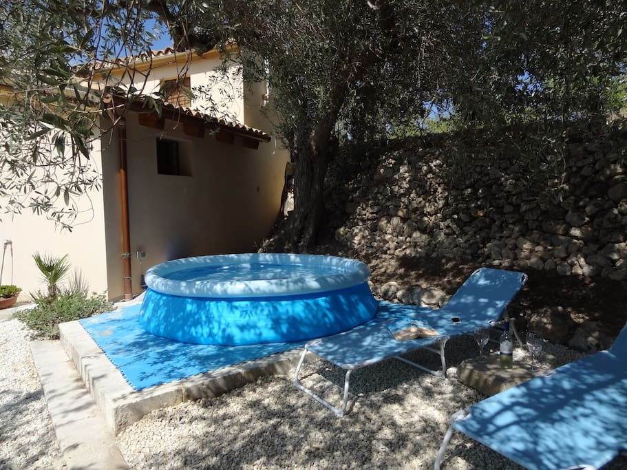 The pool - a perfect place to spend the afternoon reading with Noto views. Pool only available June/July/August
