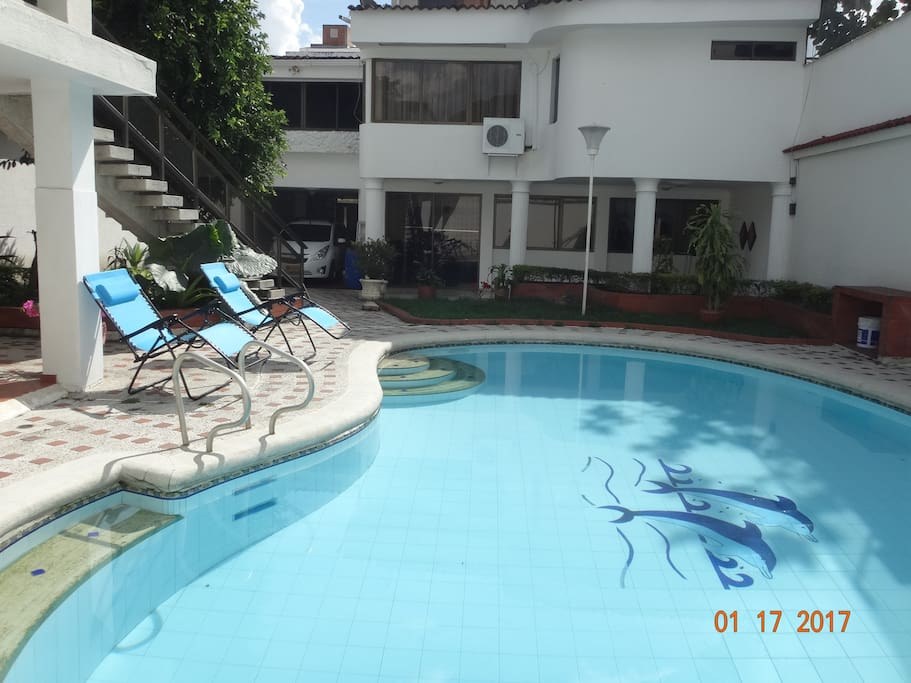 Casa paraiso 4 ciudad jardin bed breakfasts for rent for Cali ciudad jardin