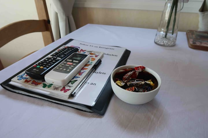 Guest book/instruction guide and some tasty treats