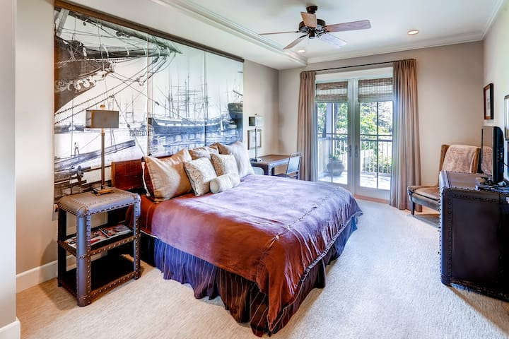 Lee House- Chipley Suite