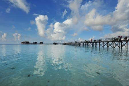 Pom Pom Island Jewel Resort & Spa - Semporna - Huvila