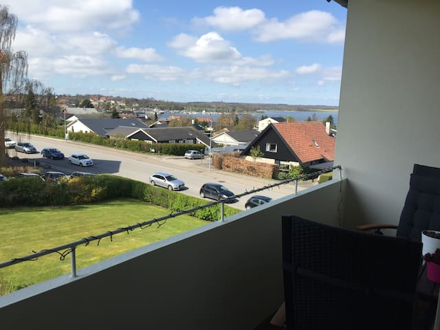 2 bedroom with balcony and seaview! - Roskilde - Appartement