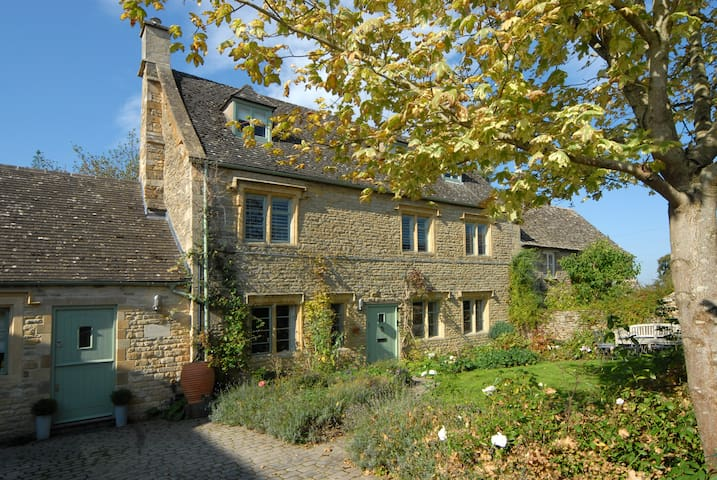 Longwood House, near Stow-on-the-Wold