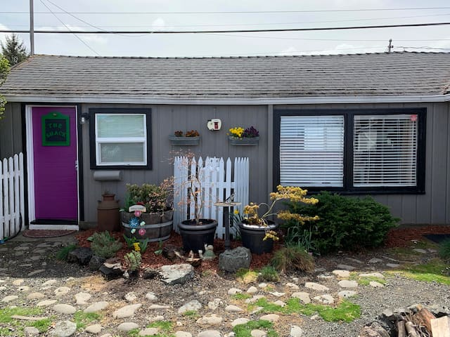 Urban Shack in the Heart of Sequim!