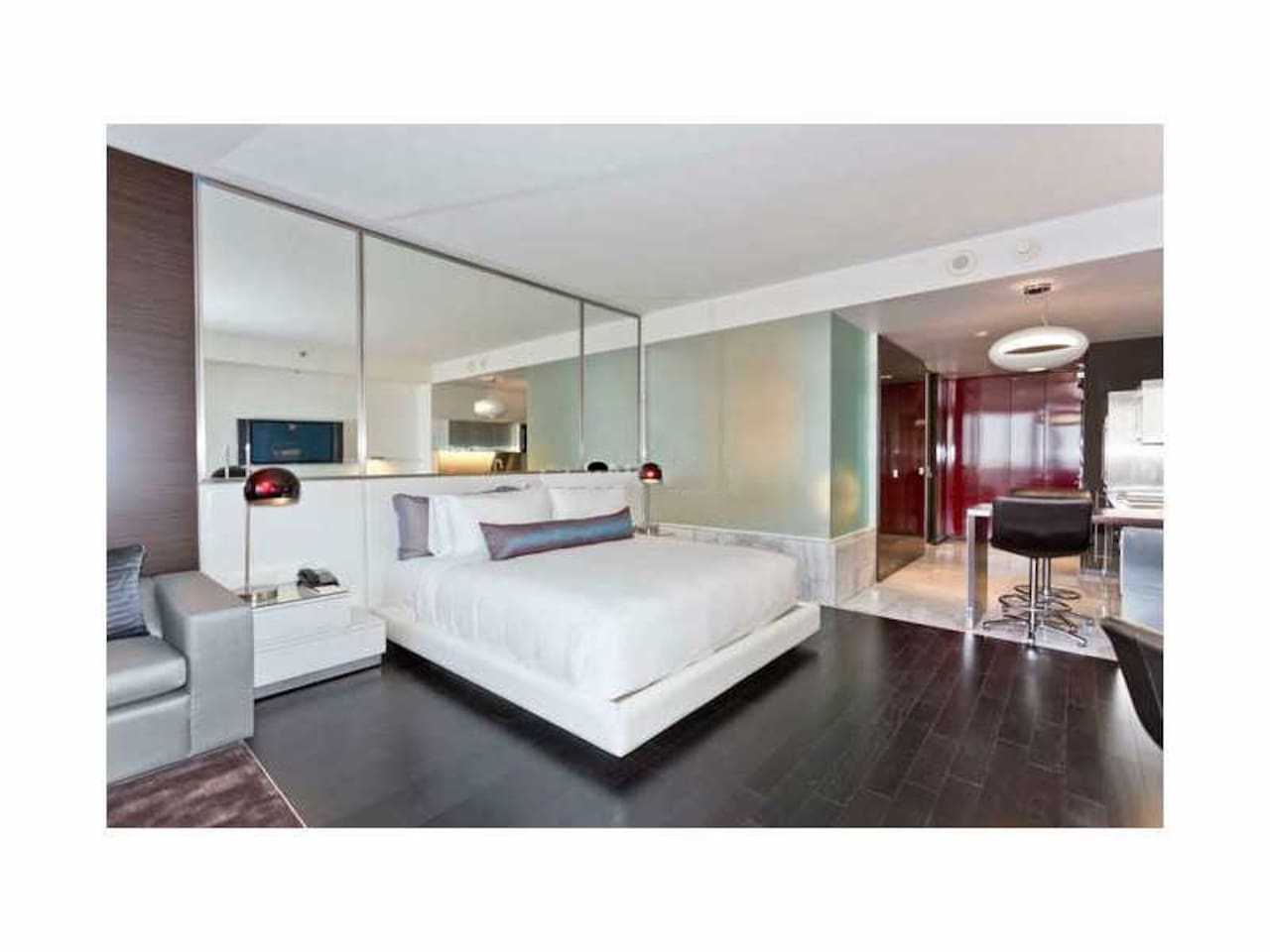 Breath-taking Strip View! 33th Floor! Luxury SPA! - Condominiums for ...