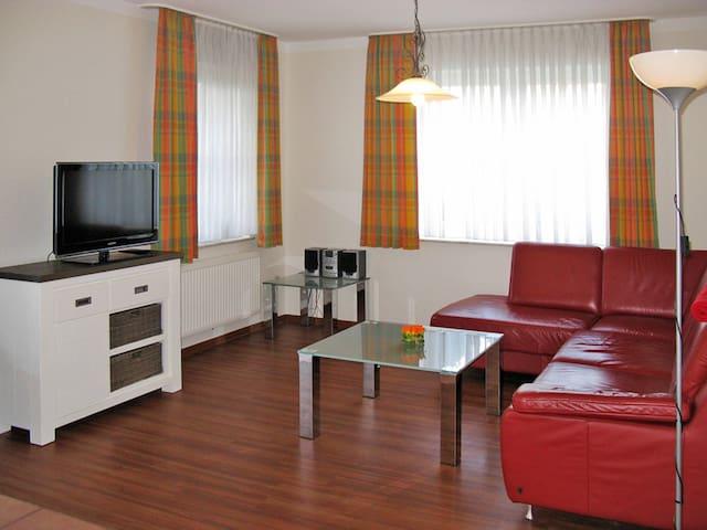 Apartment 'Strohus'o.'Wattenkieker' in Hooksiel - Hooksiel - Flat