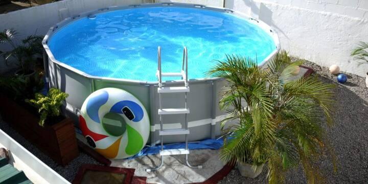 Tosca privékamer met airco+warm water+zwembad