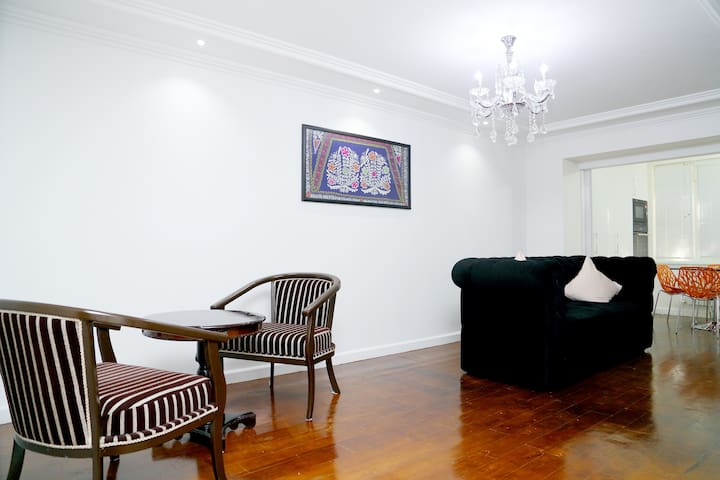 Stylish 2 Bedrooms Apt Opposite Registan Square