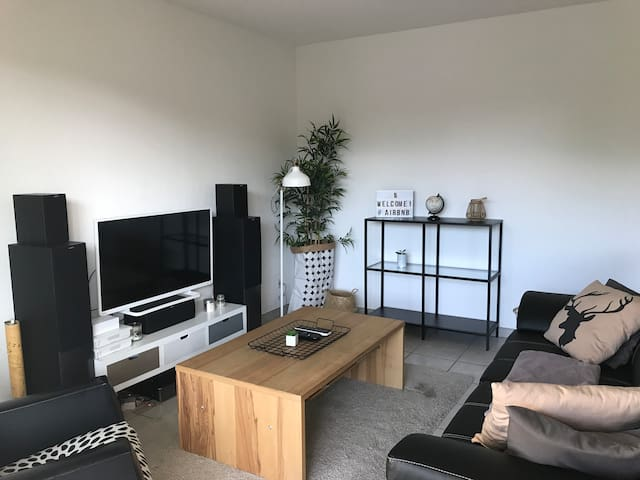 Appartement confort proche de Genève avec piscine
