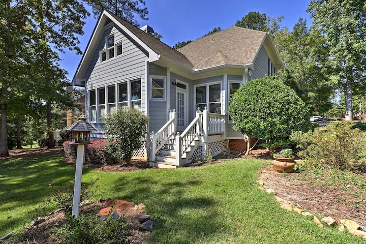 NEW! Updated 4BR Greensboro House Near Lake Oconee