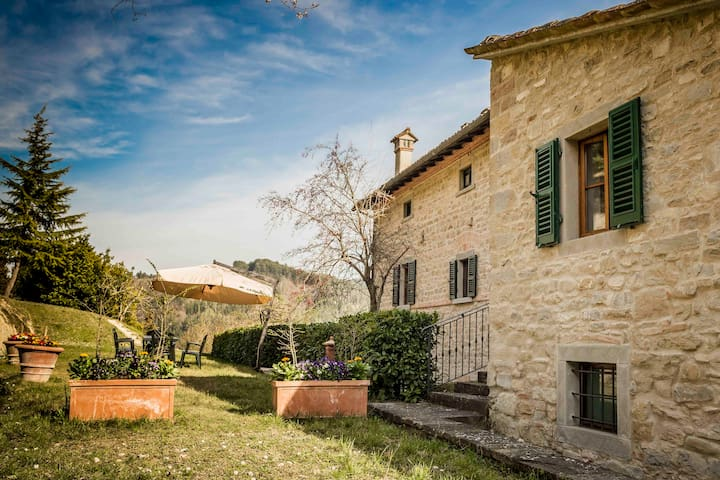 Charming country house between Romagna and Tuscany - Tredozio - Apartamento