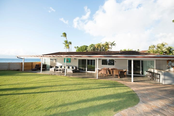 Kaanapali Beach Cottage: Royal Beach House Suite
