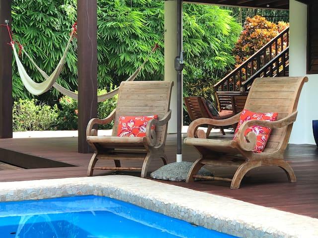 CASA ARENOSA | Cabo Matapalo : Beach-house & pool