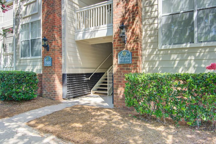 Great Corporate Rental in Mt. P - 30 Day Min #1512