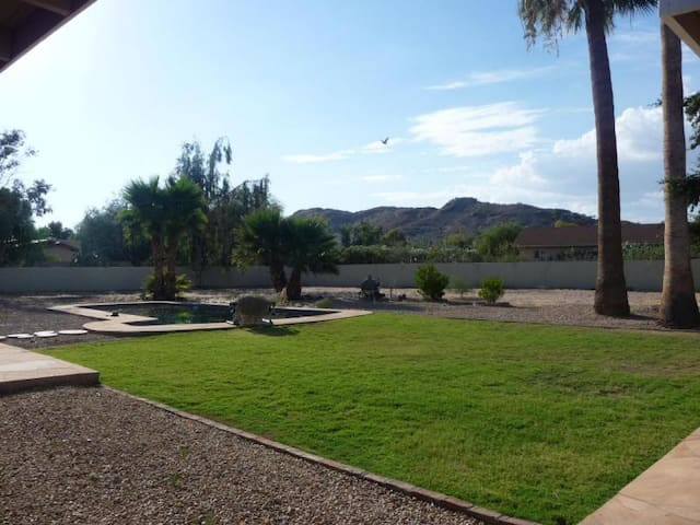 Oasis in Scottsdale, close to old town Scottsdale