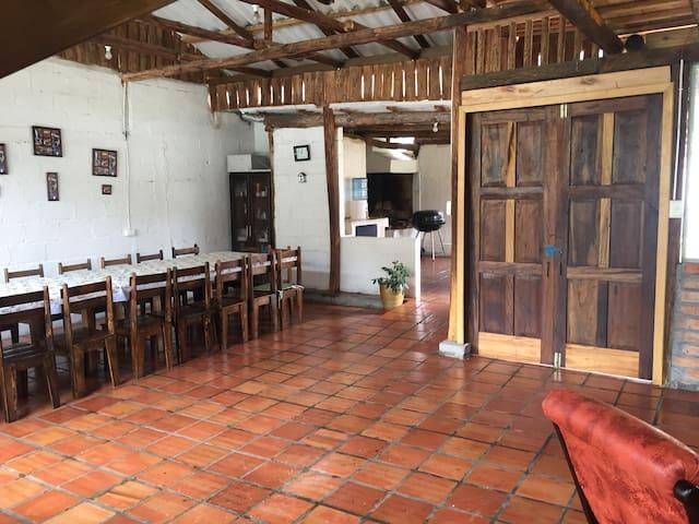 Casa de Campo en Chicti Paute - Ecuador. - Paute - Natur-Lodge