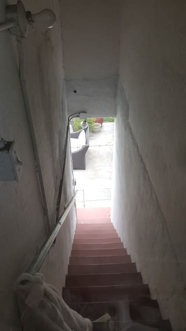 separate entrance to apartment