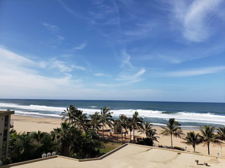 South Coast Tropical Getaway by Fantasy Resorts