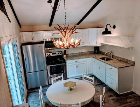 **Remodeled** Chalet near Beach and Mt. Sunapee