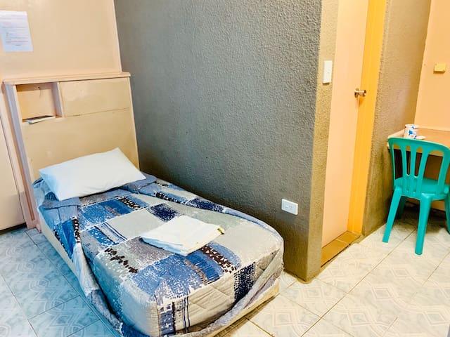 Paradise Single Room