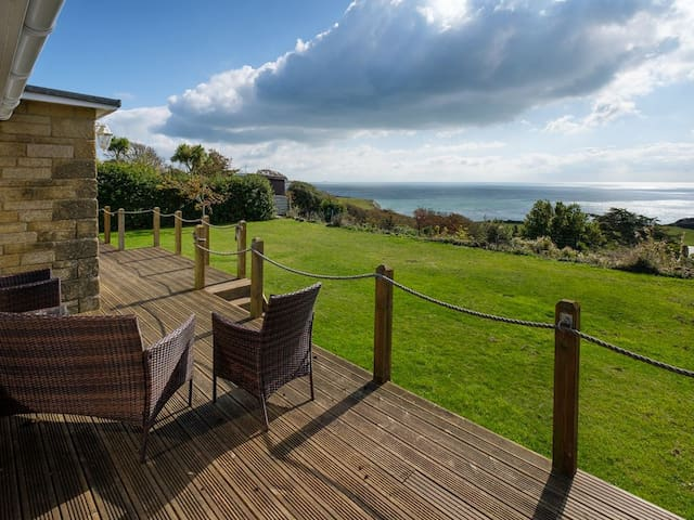 Bay View -  4 Bedroom house, stunning sea views