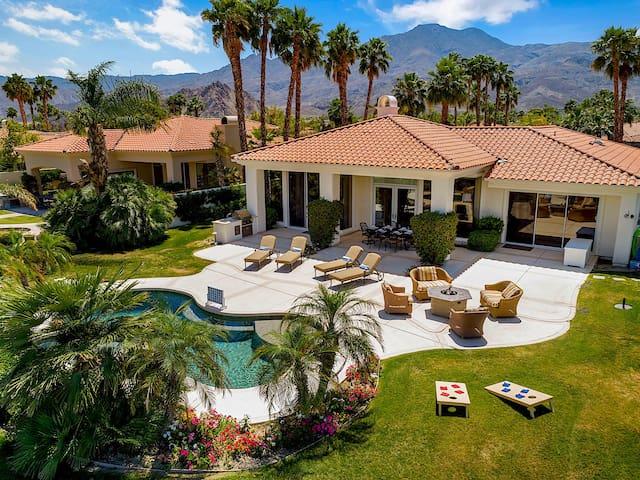 ❈Exclusive Paradise on PGA Green w/Pool + Spa!❈