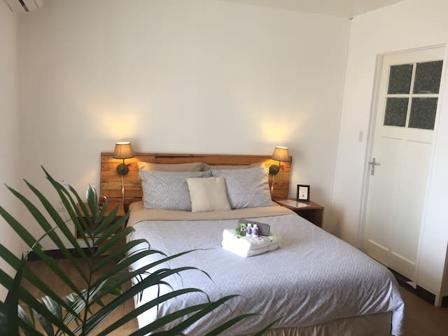 Beter Bed Slaapbank Driver.Airbnb Otrobanda Vacation Rentals Places To Stay Curacao