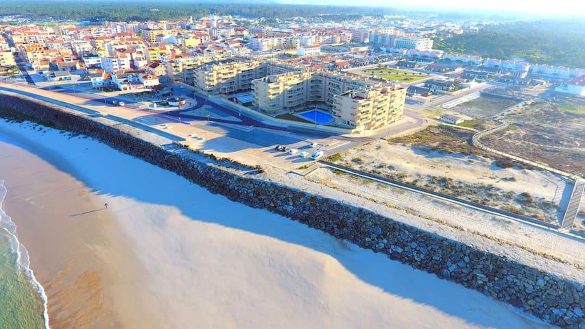 Luxury apartment 50m frm beach