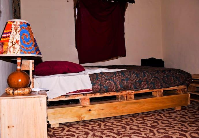 Abien Arts Center Bedroom & Breakfast  ,Arts