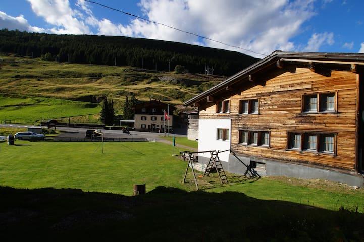 Ferienhaus La Siala (Tschamut/Sedrun)