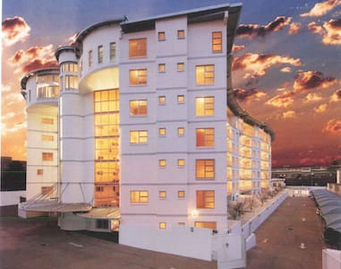 Large penthouse in award winning building - Johannesburg - Daire