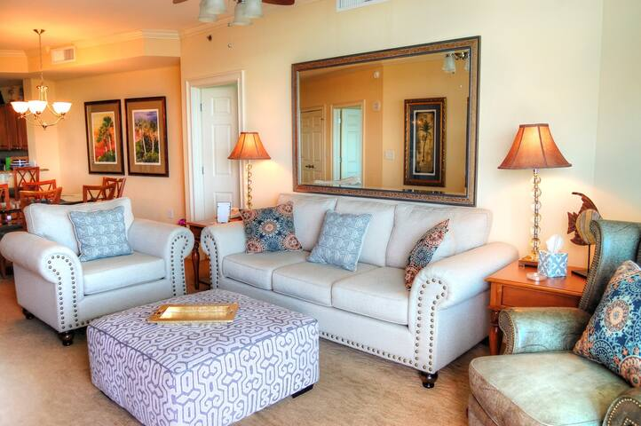 Horizon 516 Gorgeous spacious condo in beautiful resort with lazy river in popular northern end of Myrtle Beach!