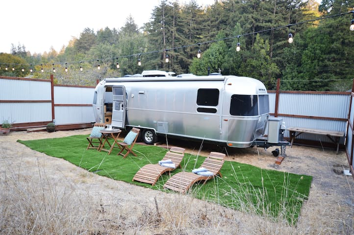 Glamping in the Santa Cruz Airstream