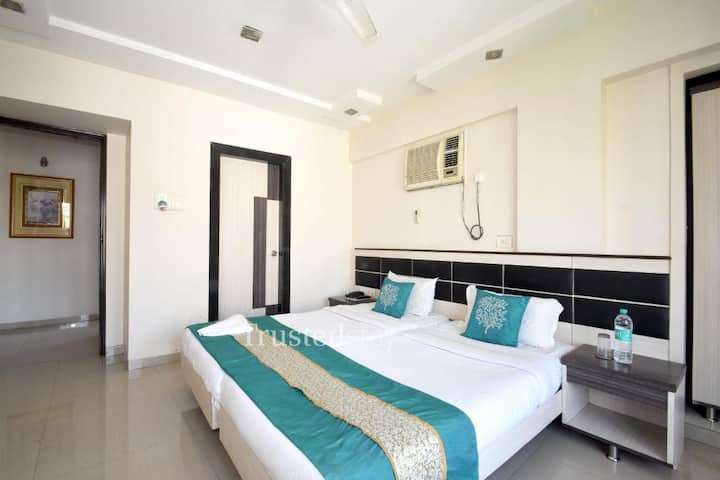 Serviced Room in Andheri East - ANDWS2
