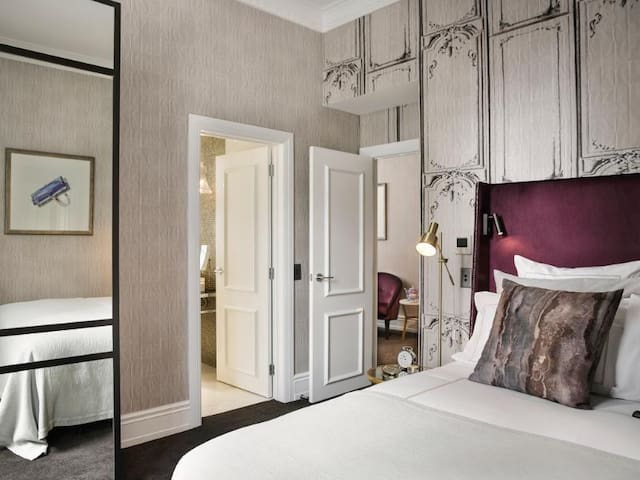 Fascinating Room Luxury At Auckland