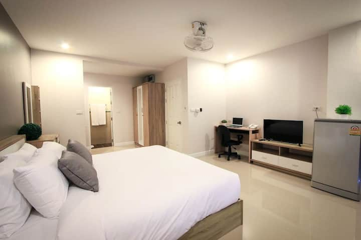 Comfort Double Apartment free Wifi@VipaHousePhuket