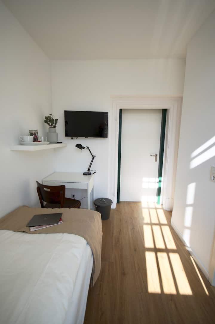 Einzelzimmer-Eigenes Badezimmer