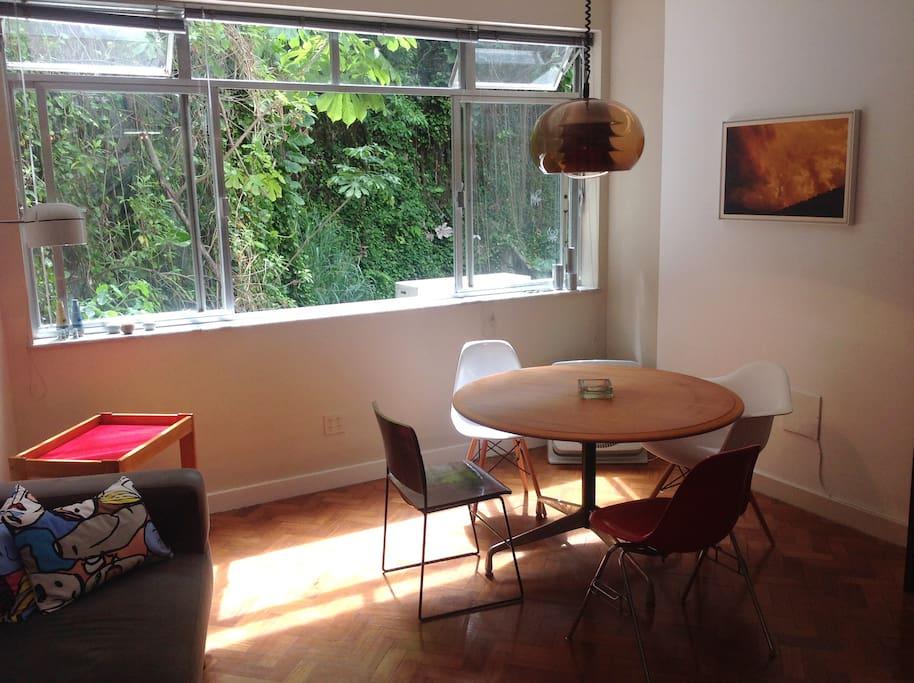 dining room. sala de jantar.