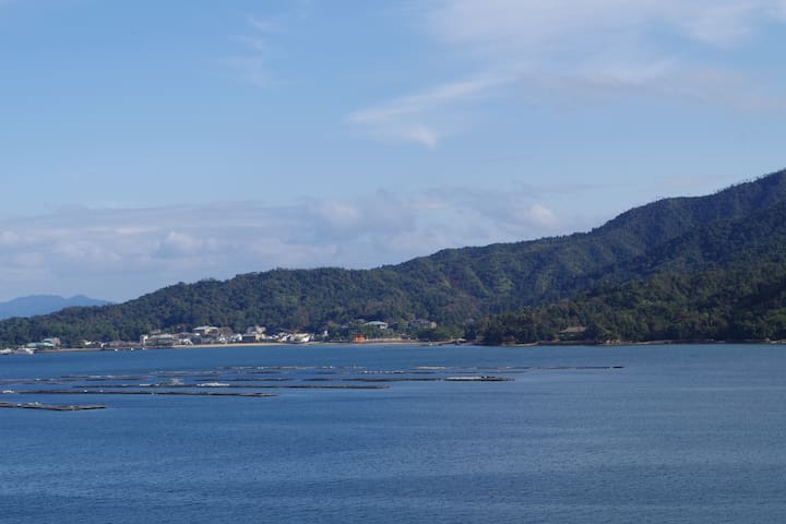 Excellent ocean and Miyajima view!