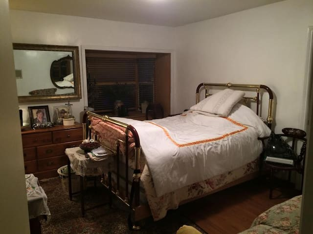 Great room for Weekly Stays - La Cañada Flintridge - Casa