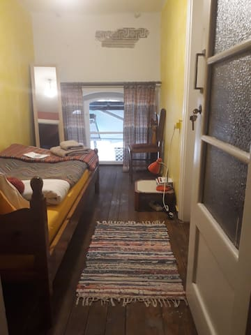 The monumental hostel of Athens - Solo room