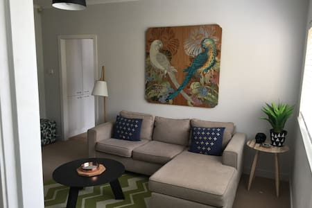 CUTE APARTMENT IN POPULAR PONSONBY! - Auckland - Daire