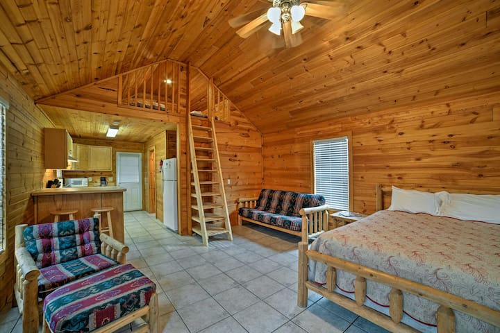 NEW! Counce Studio Cabin Close to Pickwick Lake!