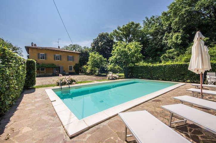 Villa Casanova - vacanze toscana - Bucine - House