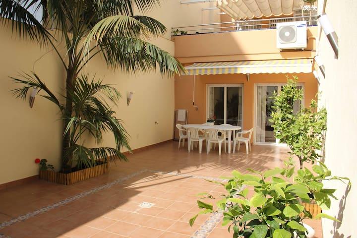 confortables y relajantes vacacione - Calella - Apartamento