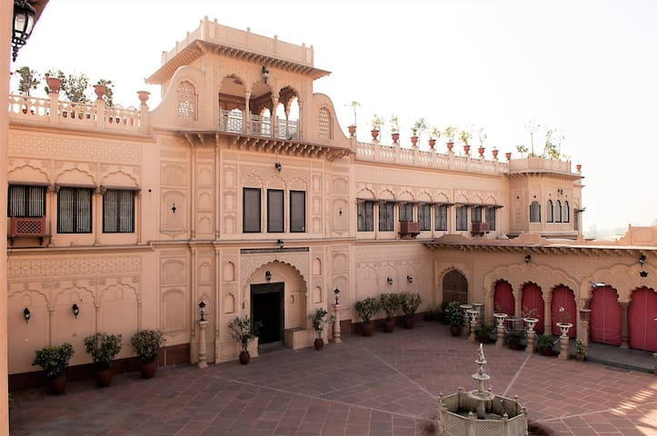Shikhwa Haveli - A Place In Time