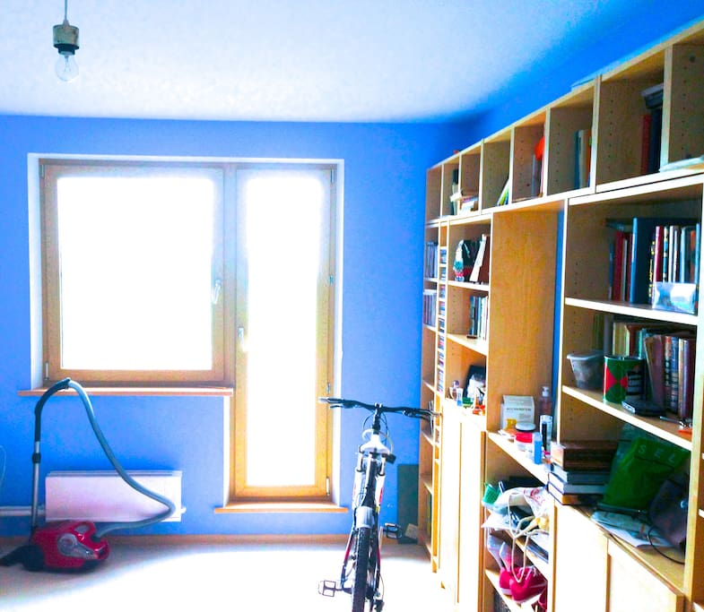 Here you can see a part of a bike, that you can ride, when you stay in this apartment